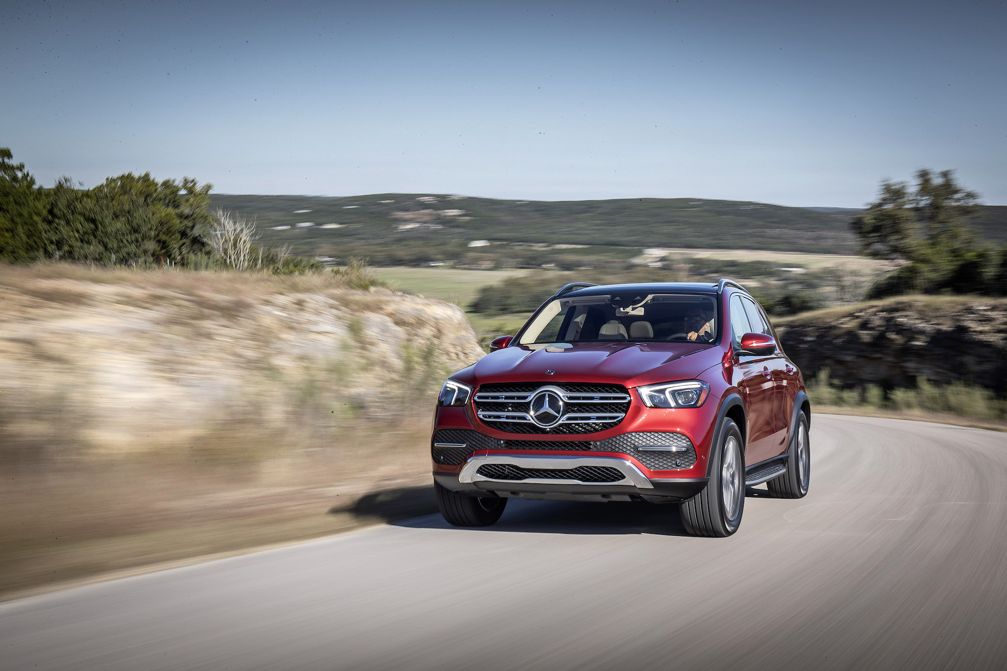 2020 GLE from the front on the road