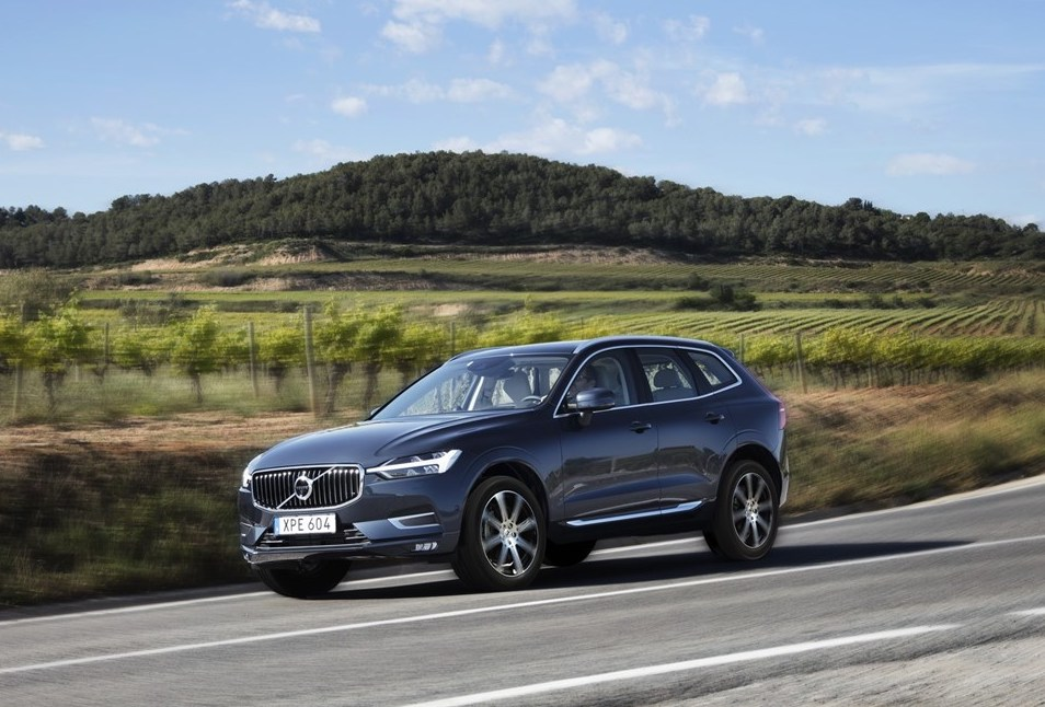 2019 Volvo XC60 driving in countryside